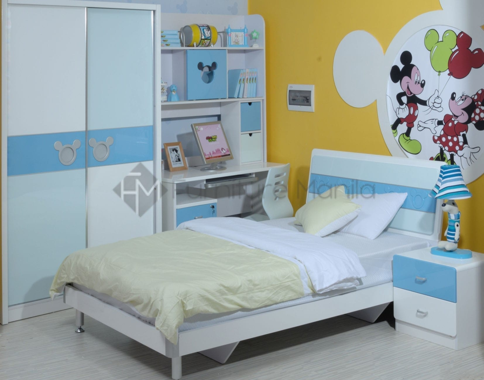 B19 1.2m mickey icon bedframe