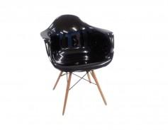 311W  Chair Color-Black