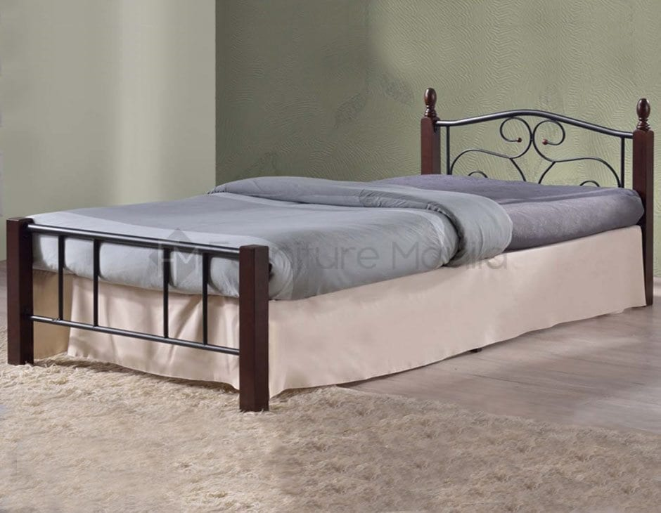 BQ36 WOODEN POST BED FRAME   Home & Office Furniture Philippines