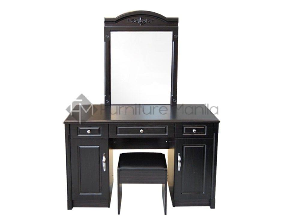 55r Dresser With Stool